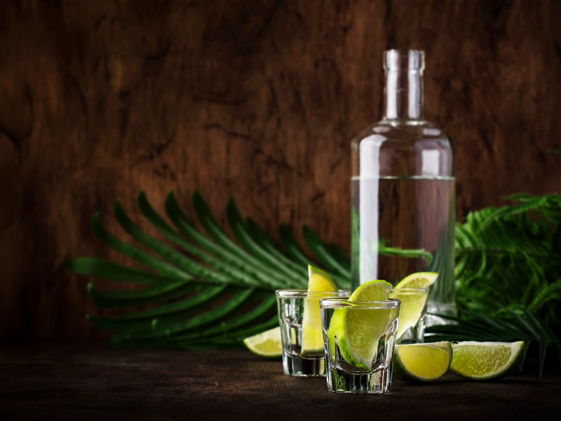 tequila y limon